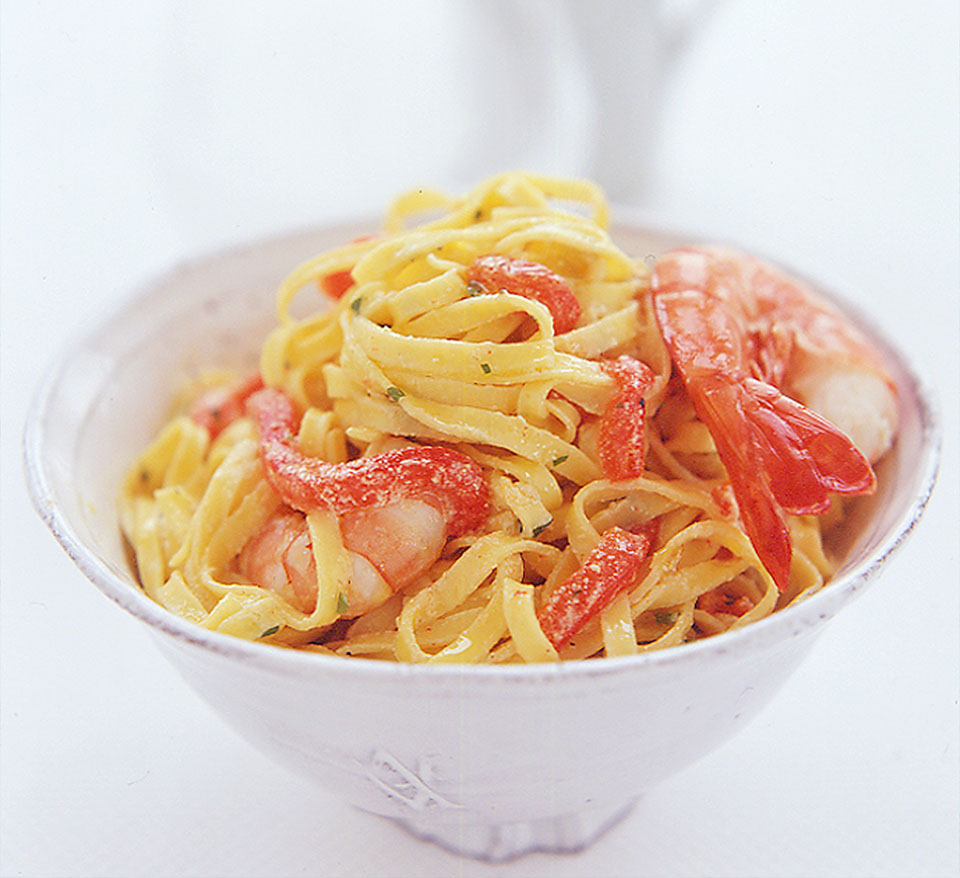 Pasta with Prawns and Red