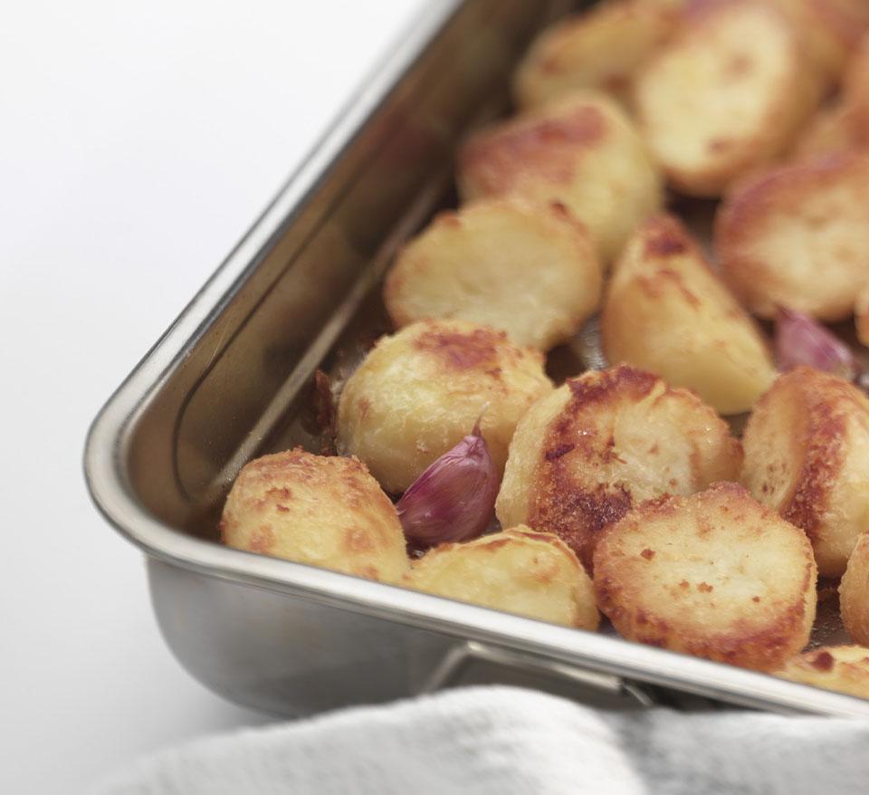 Roast Potatoes with Garlic