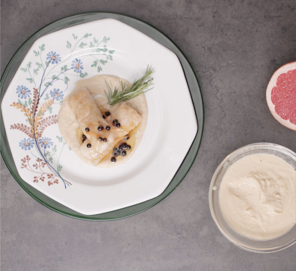 Grapefruit-flavoured hake with chickpea cream